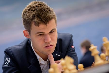 Carlsen2