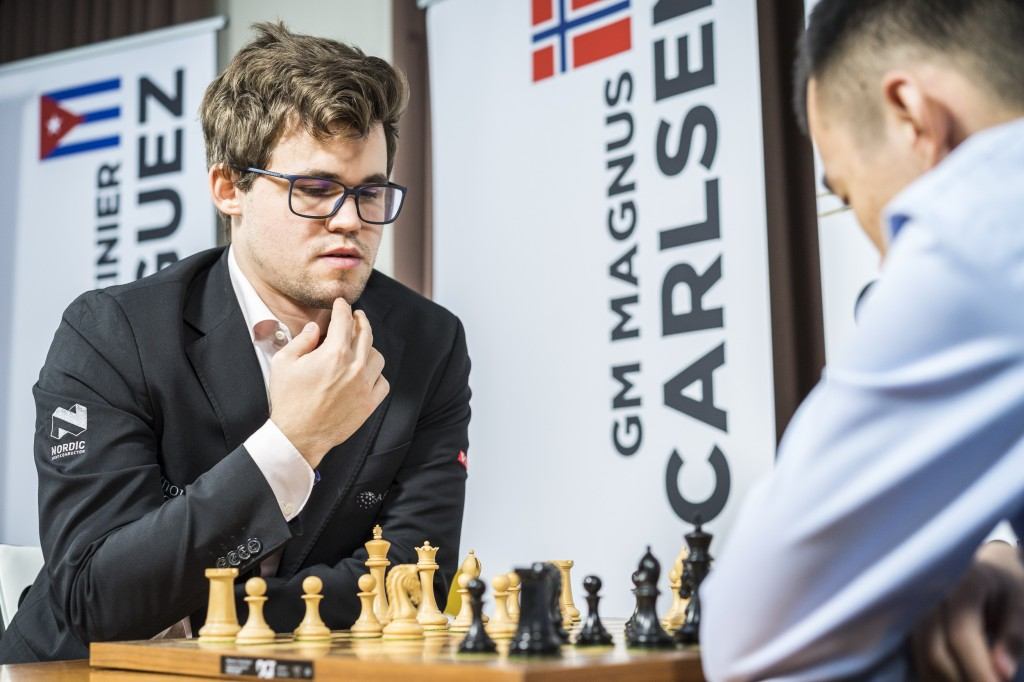 carlsen_showdown17
